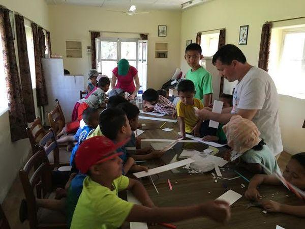 Российские и белорусские миссионеры провели лагерь для детей-сирот из Непала