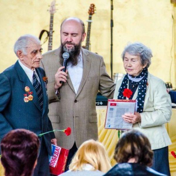 В Калуге поздравили тружеников тыла с Днём Победы