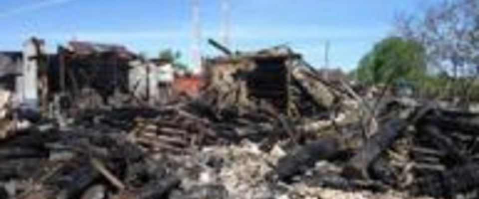 В поселке Шорохово (Тюменская обл.) сожжено здание церкви. НЕОБХОДИМА ПОМОЩЬ!