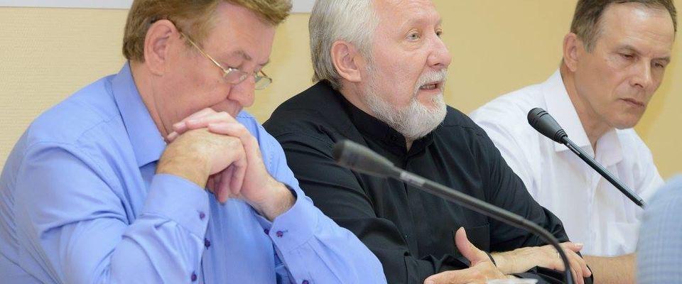 Священнослужители и правозащитники провели вебинар об осуществлении миссионерской деятельности в соотетствии с изменениями в законодательстве