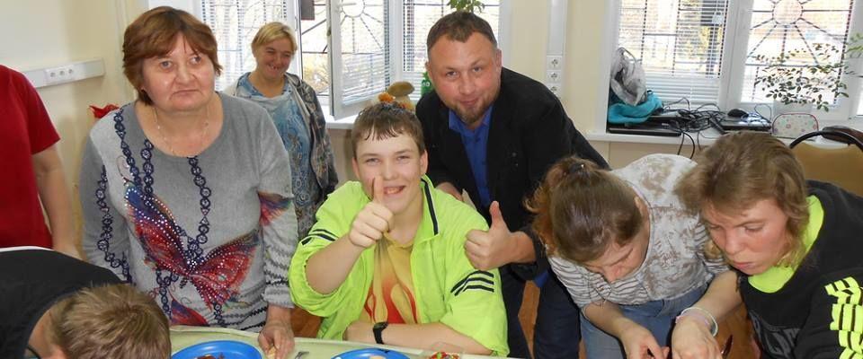 В Костроме верующие дарят праздники пожилым людям