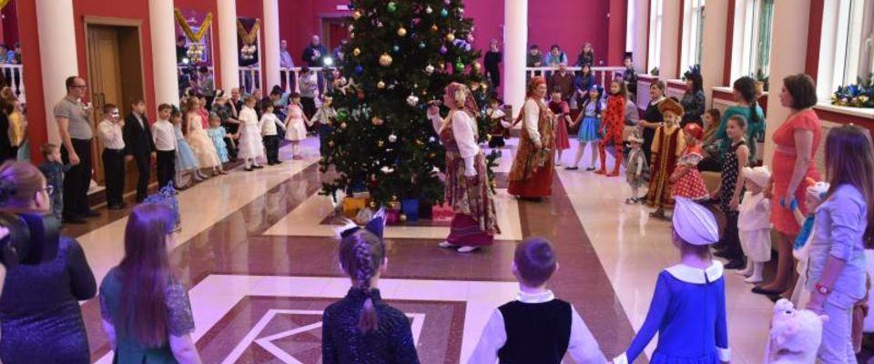 Пензенские протестанты провели благотворительную Рождественскую Ёлку