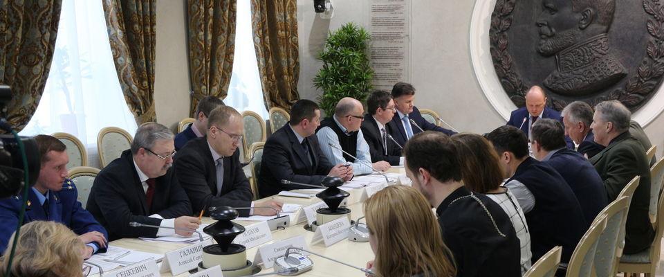 В Общественной палате РФ обсудили положительные и негативные стороны нового закона о принудительных работах для осужденных