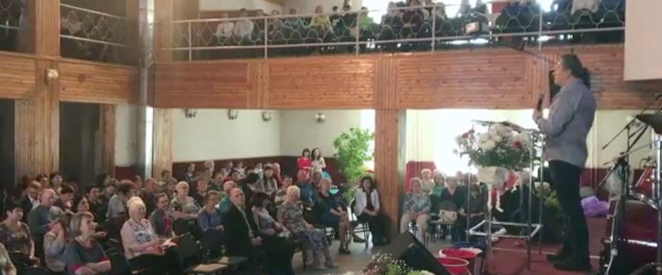 В Нерюнгри прошла конференция для служителей «Верность, зрелость, лидерство»