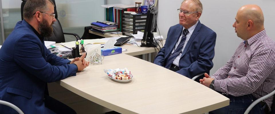 Между РОСХВЕ и служением Дэвида Хасавея намечено несколько направлений для сотрудничества