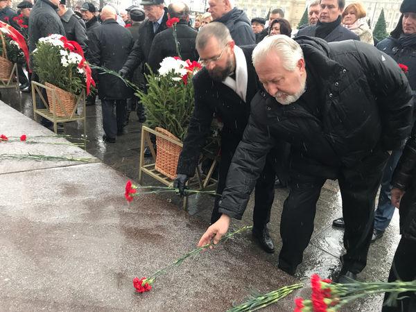 Представители РОСХВЕ приняли участие в возложении цветов в честь годовщины контрнаступления советских войск под Москвой