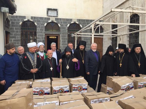 Священнослужители из России посетили школы, храмы Дамаска и... попали под обстрел
