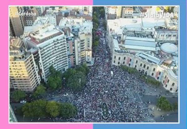 Епископ Гарик Кургинян принял участие в аргентинском марше «За жизнь!»