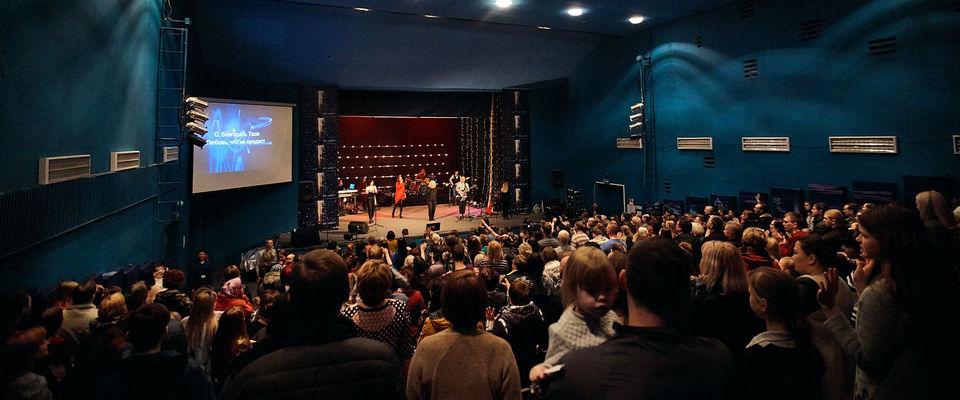 В Хабаровской церкви показали театральную постановку о значении Пасхи
