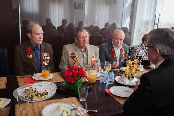 Ежегодный праздник для ветеранов прошел в московской церкви «Слово жизни»