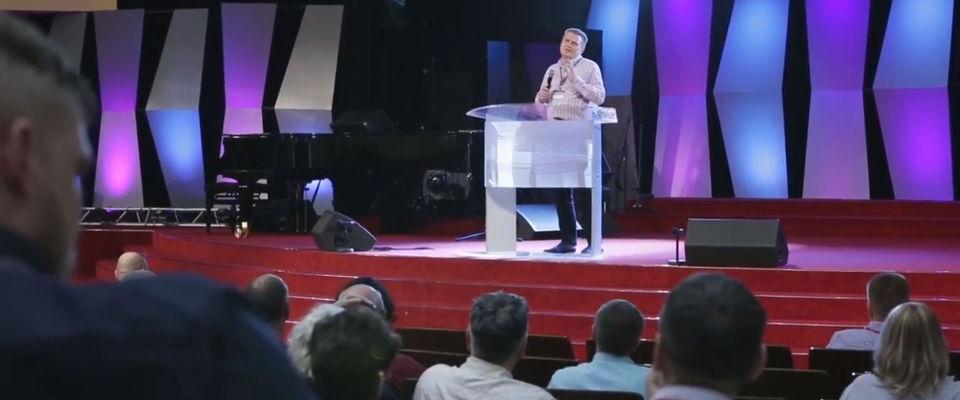 2-й день конференции «Израиль и Церковь» начался с истории Заветов и Царства