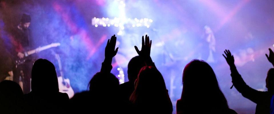 Межцерковный вечер поклонения «Приди» состоится в начале октября