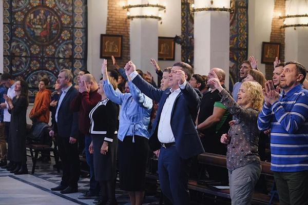 Томская церковь «Прославления» отметила 19-летие