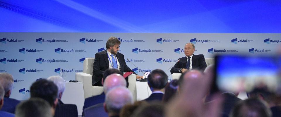 Президент РФ Владимир Путин подчеркнул важность многоконфессионального устройства России
