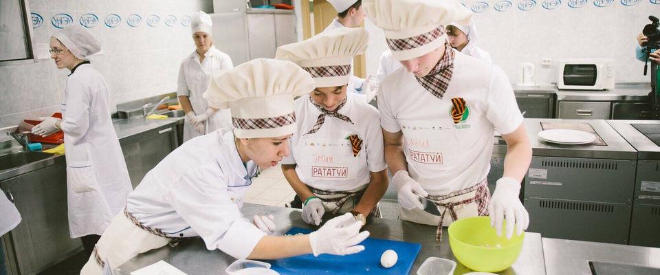 Кулинарный фестиваль для детей-сирот в церкви «Новая жизнь»