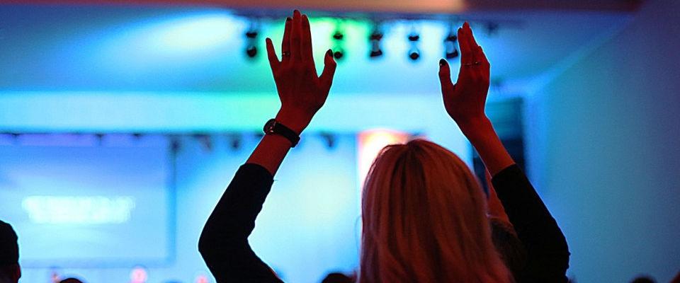 Межцерковный вечер поклонения «Приди» пройдет в московской церкви «Слово жизни»
