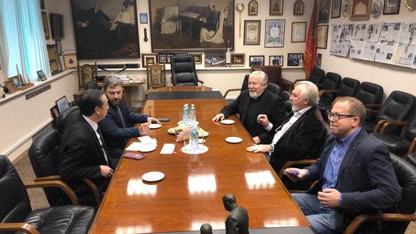 Епископ Сергей Ряховский и доктор Джозеф Лэм посетили ИД «Московский комсомолец»