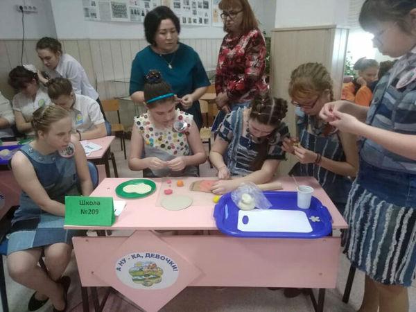 Новосибирская церковь поддержала городской конкурс среди школьниц с ОВЗ