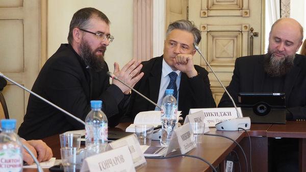 Конференция памяти Ивана Проханова прошла в Общественной палате РФ