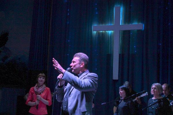 В Иркутске накануне Пасхи прошла межцерковная совместная молитва