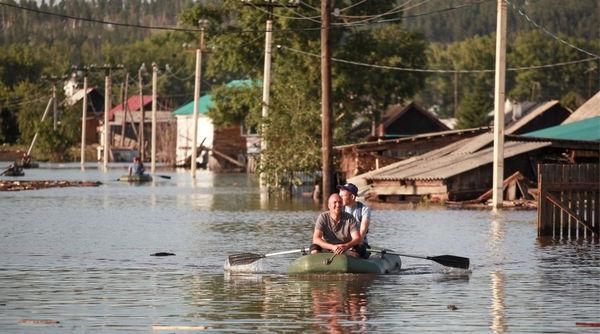 Христиане в затопленном Тулуне помогают нуждающимся