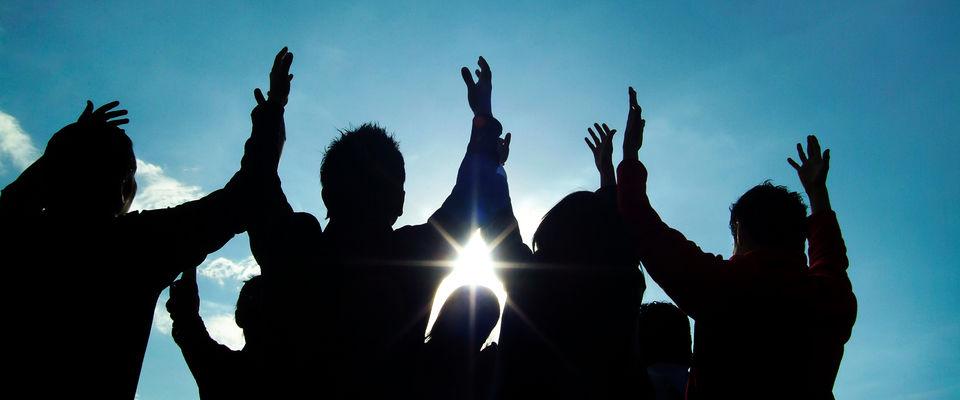 Христиане Ачинска объединились в молитве во время взрывов боеприпасов на военном складе