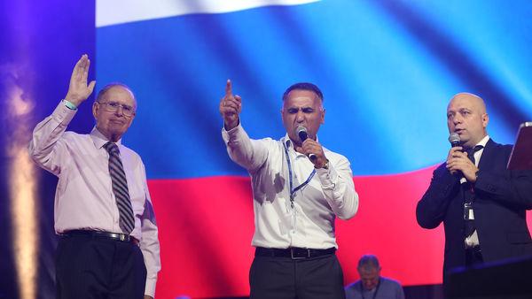 Молитва за Россию и Украину вместе с молитвой за Британию