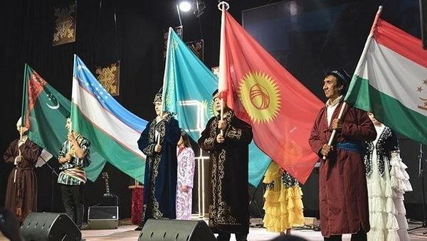 Епископ Сергей Ряховский открыл молитвенную конференцию за пробуждение в Средней Азии
