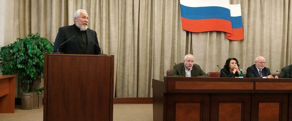 Епископ Сергей Ряховский: Запахло советским прошлым