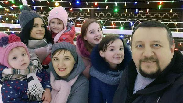 Пятая дочь пастора Сергея Киреева: Рождество – праздник приемных семей