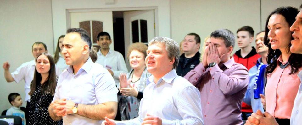 Церковь «ПОБЕДА» в Когалыме отметила 28-летие